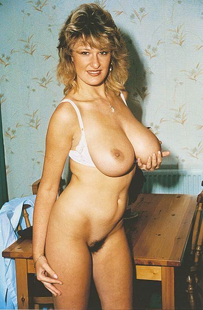 Vida Garman Nude 14
